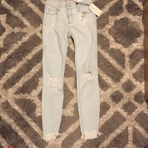 Charlotte Russe size 1 ripped skinny jeans